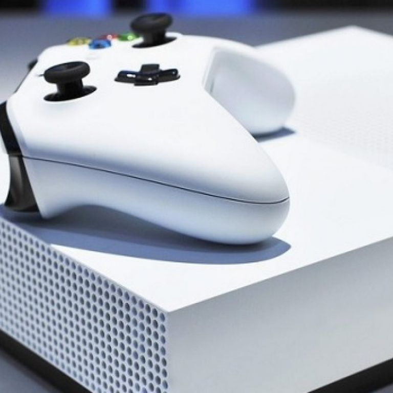 Este sería el diseño y la fecha de lanzamiento de la Xbox sin lector de discos