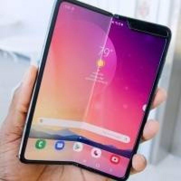 Samsung Galaxy Fold 2 sería el primero con pantalla de cristal flexible