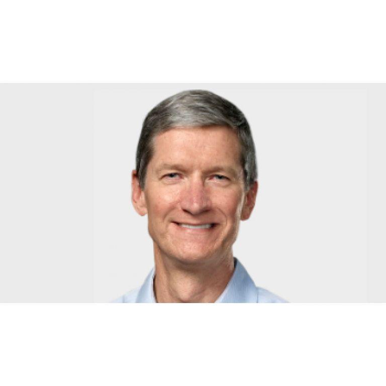 """Luego de asumir en lugar de Jobs, Tim Cook dijo que Apple """"no cambiará"""""""